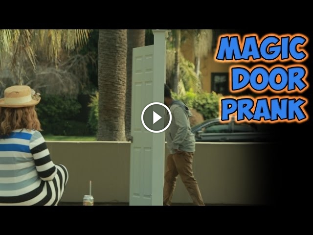 Magic Door Prank Stuns And Confuses Onlookers