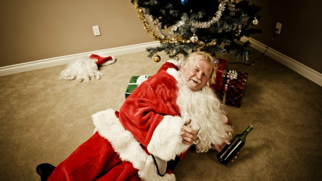 10 Bizarre Holiday Stock Photos That Make Christmas Look Weird