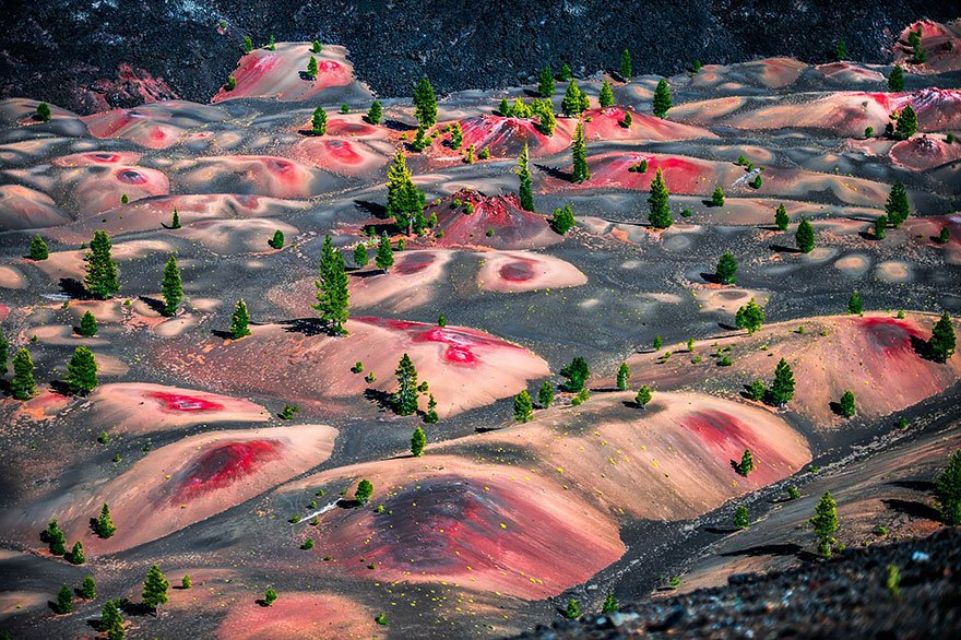 20 Tourist Destinations That Look Like They Should Be On Another Planet