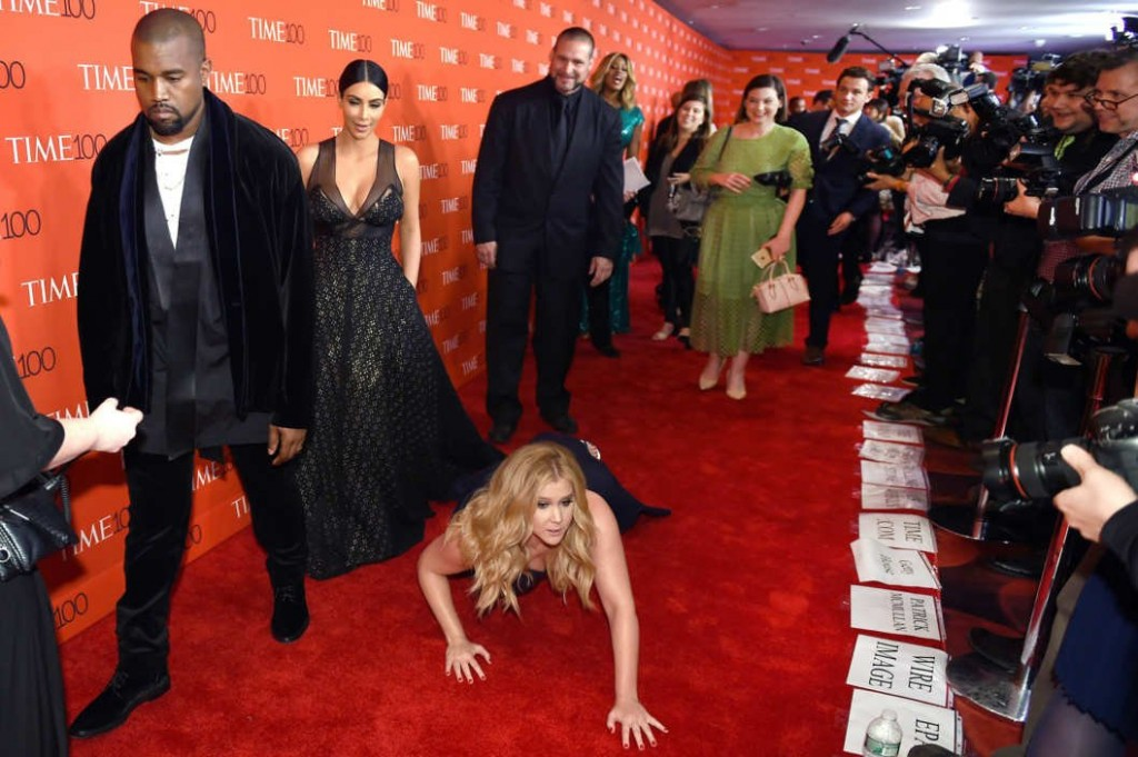 Amy Schumer Photobombs Kimye At Time 100 Gala
