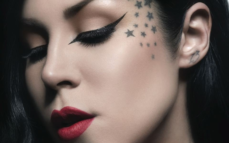 "Kat Von D Won't Apologize For ""Underage Red"""