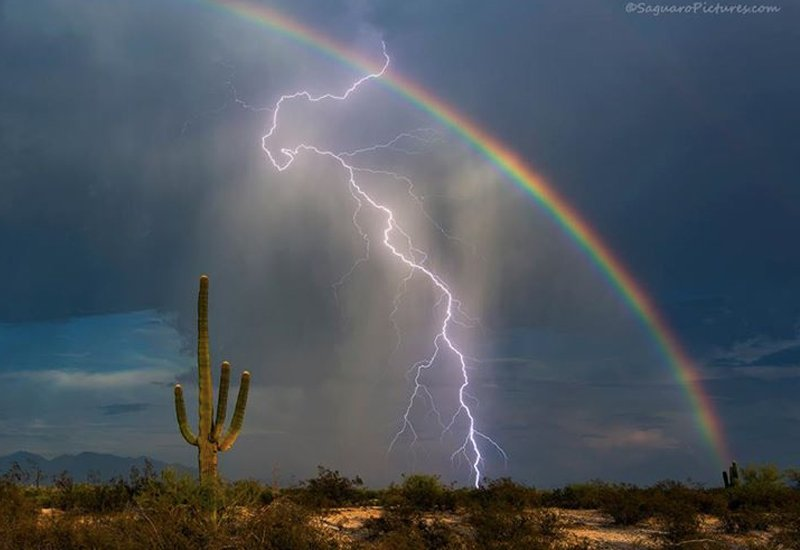 Lightning And Rainbow Caught In A One-In-A-Million Photo