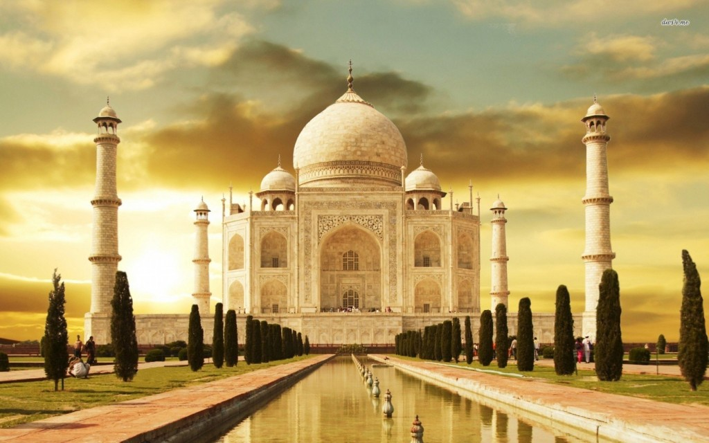 Tourist Dies While Attempting To Take A Selfie At Taj Mahal