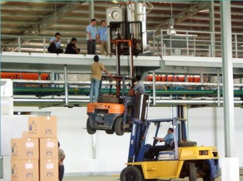 10 Pictures Showing Why Women Live Longer Than Men
