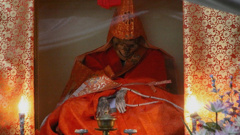 11 Strange And Fantastic Death-Related Traditions From Around The World