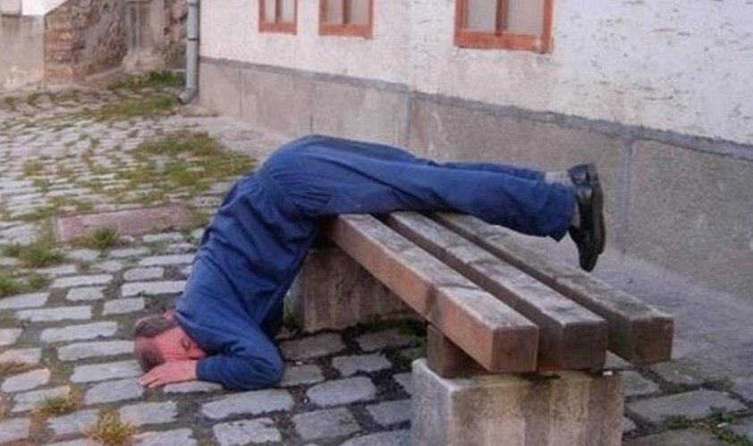20 Of The Funniest Photos Of Drunk People