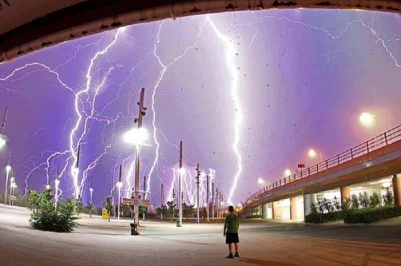 10 Awesome And Fearsome Photographs Of Lightning