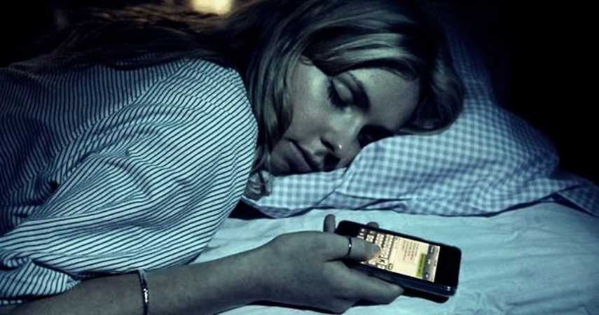 10 Shockingly Weird Things That Happen In Your Sleep