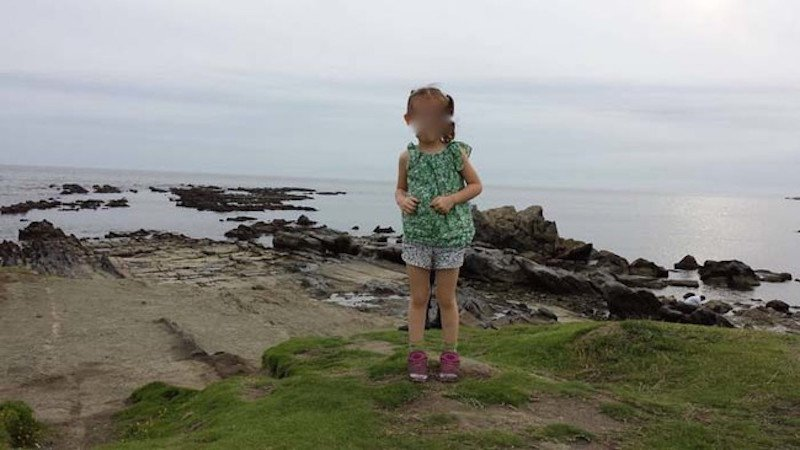This Cute Photo Of A Little Girl Will Freak You Out Big Time!
